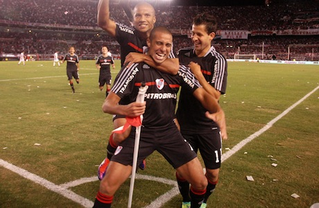 River Plate vs Instituto 1:0 – Lider ograny! [skrót]