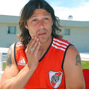 Matias Almeyda zostanie w River Plate