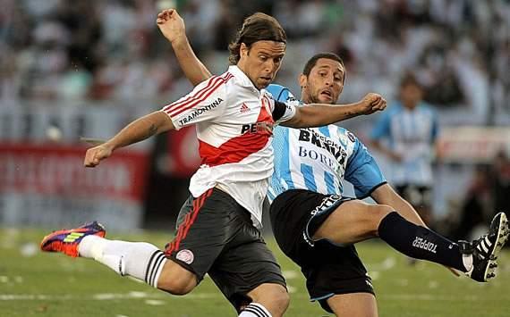 Przyszłość Cavenaghi'ego w River Plate niepewna